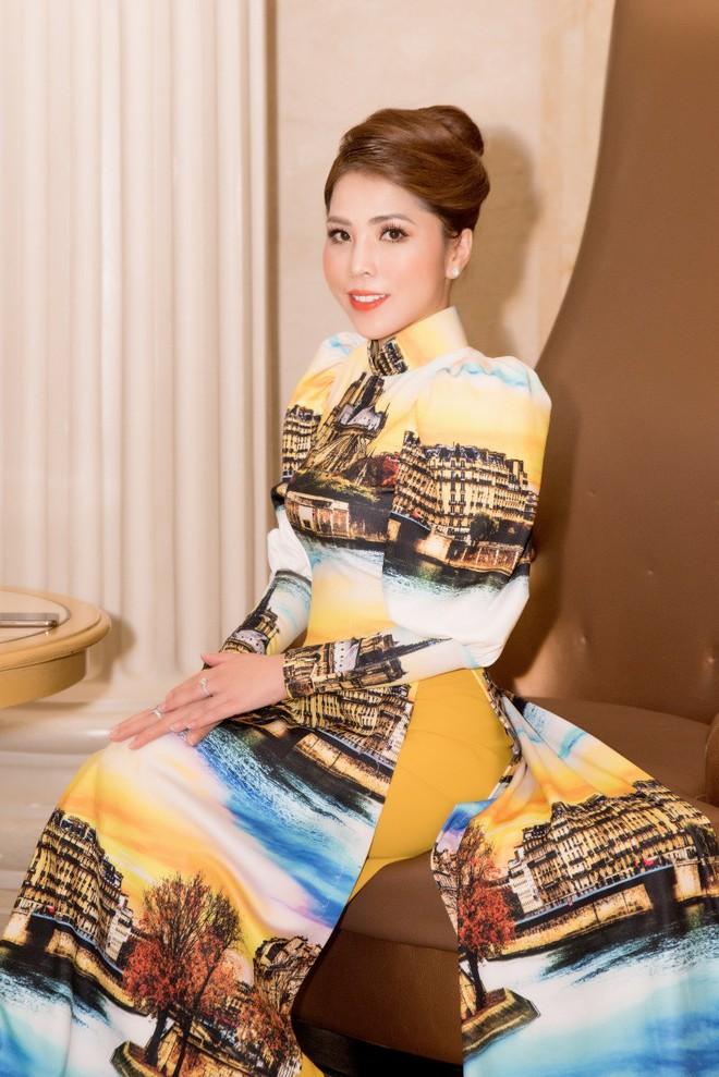 Ca sĩ Phương Anh, hoa hậu Kim Nguyên đẹp nổi bật với áo dài của NTK Nhật Dũng - Ảnh 10.