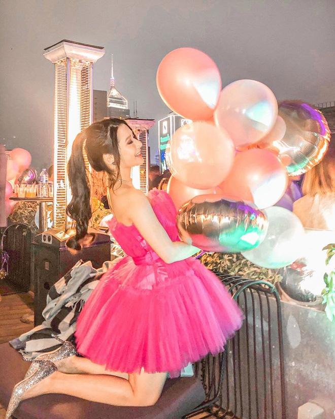 Con gái tỷ phú Hong Kong - 26 tuổi, cao 1m57 gây xôn xao khi tham gia thi hoa hậu - Ảnh 14.