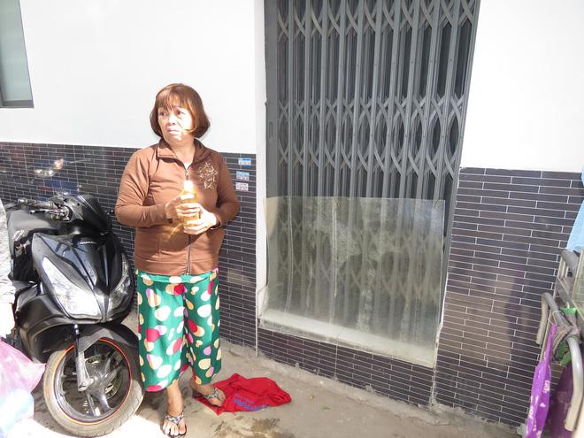 Vợ dùng xăng tưới đốt khiến chồng cùng con gái bỏng nặng ở Sài Gòn - Ảnh 1.