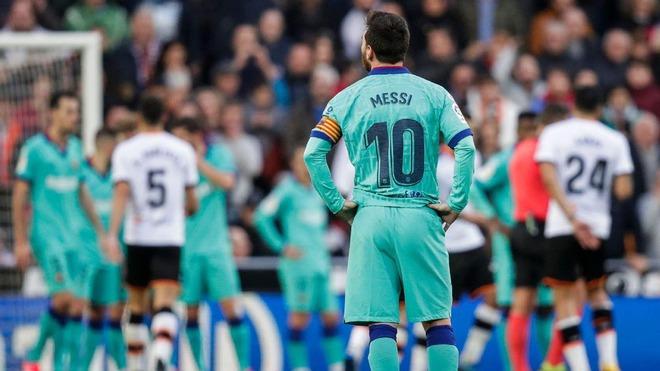 Đằng sau những scandal không hồi kết là một Messi đang ngày càng chán ngán Barcelona - Ảnh 2.