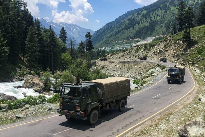 Nắm trong tay S-400, Nga định đoạt cục diện Ấn Độ-Trung Quốc long tranh hổ đấu ở châu Á - ảnh 2