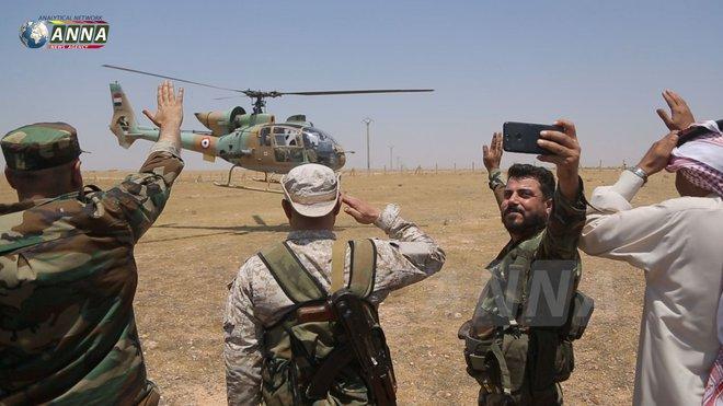 Thổ Nhĩ Kỳ nổi cơn thịnh nộ, quyết xóa sổ không quân của tướng Haftar - Máy bay bí ẩn tấn công tới tấp phiến quân, Mỹ đứng về phe QĐ Syria? - Ảnh 4.