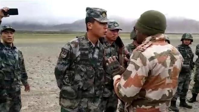 Căng thẳng ở biên giới Trung - Ấn hạ nhiệt, Trung Quốc xác nhận bắt đầu rút quân - ảnh 1