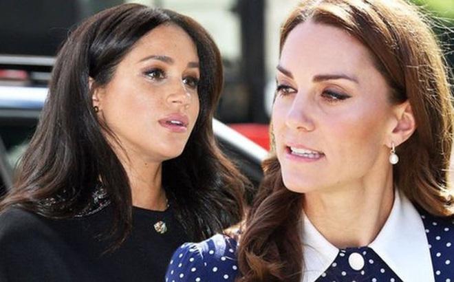Meghan Markle từng làm náo loạn cung điện, gây hấn với nhân viên của Công nương Kate vì không chấp nhận lúc nào cũng bị xếp sau chị dâu