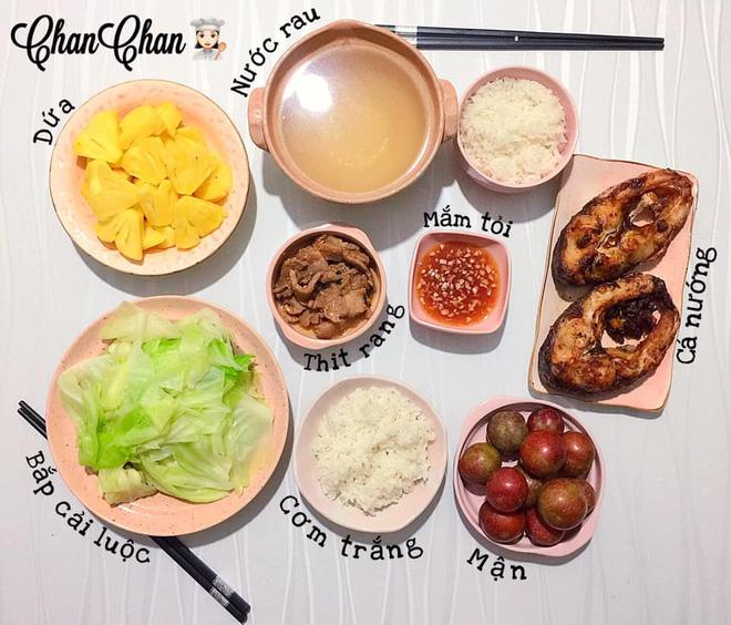 Khoe 30 mâm cơm chuẩn nhanh-ngon-bổ-rẻ, vợ đảm Hà Nội tiết lộ cả bí quyết nấu ăn thần tốc khiến hội chị em trầm trồ - ảnh 21
