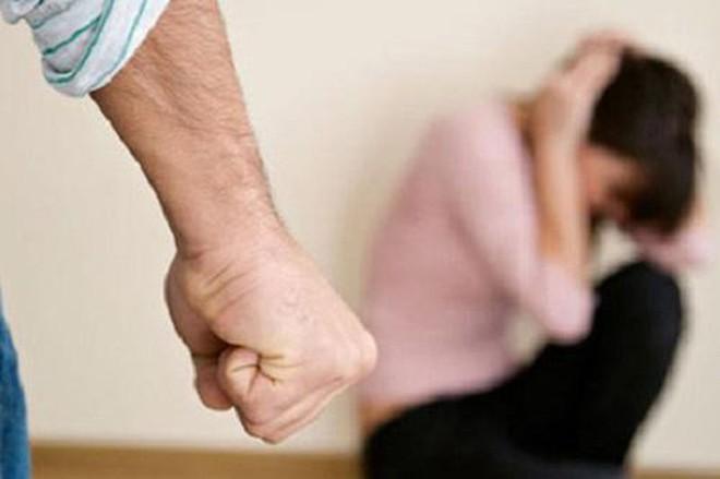 Đàn ông có 3 đặc điểm này sẽ có ngày hủy hoại cả gia đình: Dù chỉ phạm 1 đặc điểm cũng phải sửa ngay - Ảnh 2.