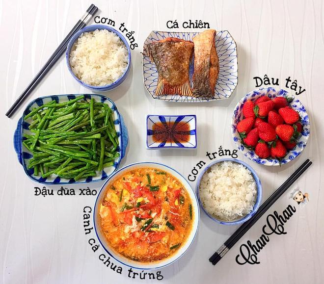 Khoe 30 mâm cơm chuẩn nhanh-ngon-bổ-rẻ, vợ đảm Hà Nội tiết lộ cả bí quyết nấu ăn thần tốc khiến hội chị em trầm trồ - ảnh 3