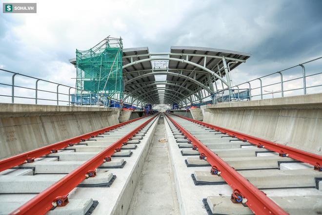 [ẢNH] Hình dáng ga metro khu Công Nghệ Cao lộ diện sau 8 năm xây dựng - Ảnh 1.