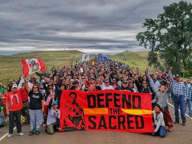 Bộ tộc da đỏ chiến thắng gã khổng lồ mà Obama từng phủ quyết nhưng Trump lại tán đồng - Ảnh 3.