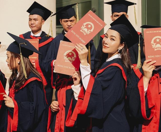 Tuyết Nga tốt nghiệp Học viện Âm nhạc, dành nhiều lời khen cho Anh Thơ - Ảnh 2.