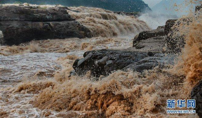 Hoàng Hà ngàn dặm đổ về một chiếc hồ lô: Cảnh tượng kỳ vĩ hiếm gặp của thác nước vàng lớn nhất thế giới - Ảnh 5.
