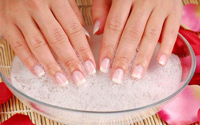 Làm sạch móng tay ố vàng hữu hiệu - Ảnh 5.