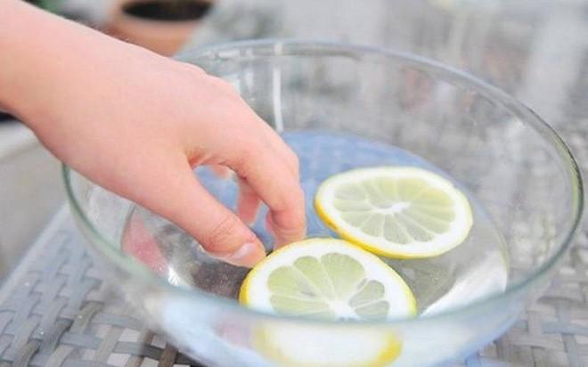 Làm sạch móng tay ố vàng hữu hiệu - Ảnh 8.