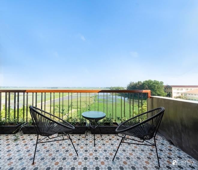 Với chi phí 3 tỉ đồng, gia đình trẻ hoàn thiện căn nhà với nội thất theo tiêu chuẩn khách sạn 4 sao ở Hội An - Ảnh 10.