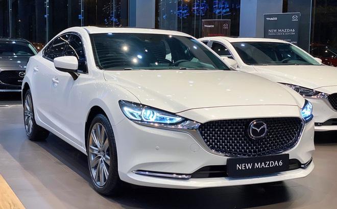 Mazda hạ giá sốc loạt xe 'hot' tại Việt Nam: CX-8 giảm 200 triệu, CX-5 rẻ nhất phân khúc