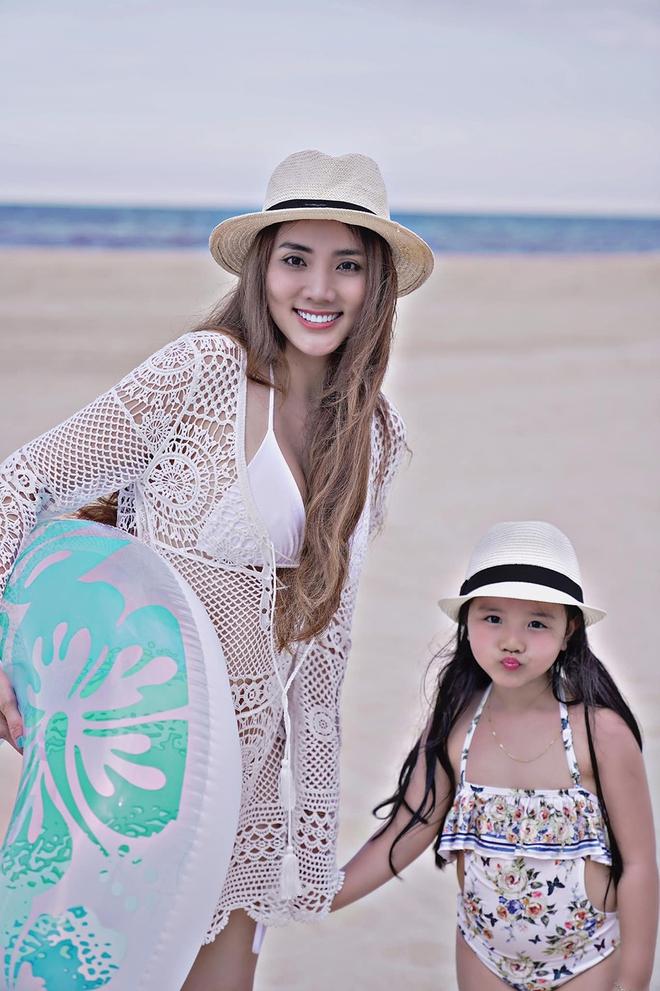 Vẻ gợi cảm, nuột nà của Trang Nhung dù đã sinh 2 con cho chồng đại gia - Ảnh 7.