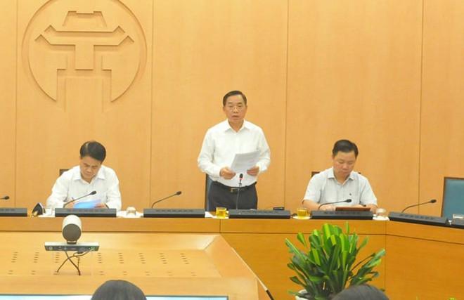 Hà Nội: Người về từ Đà Nẵng tăng vọt lên hơn 72.000, xét nghiệm nhanh Covid-19 cho gần 50.000 trường hợp - Ảnh 1.