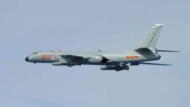 Không quân Nhật đón lõng chờ máy bay quân sự Trung Quốc - ảnh 5