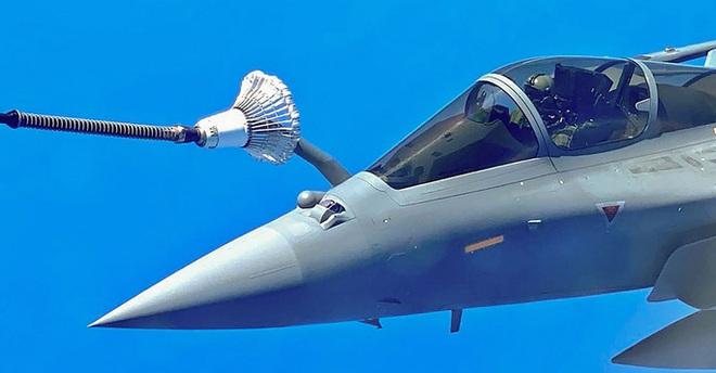 Ấn Độ giũa mũi tên vàng đối phó Trung Quốc - Ảnh 3.