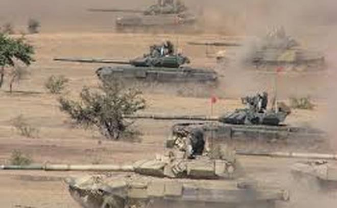 Ấn Độ dàn trận T-90 dọc biên giới tranh chấp với Trung Quốc