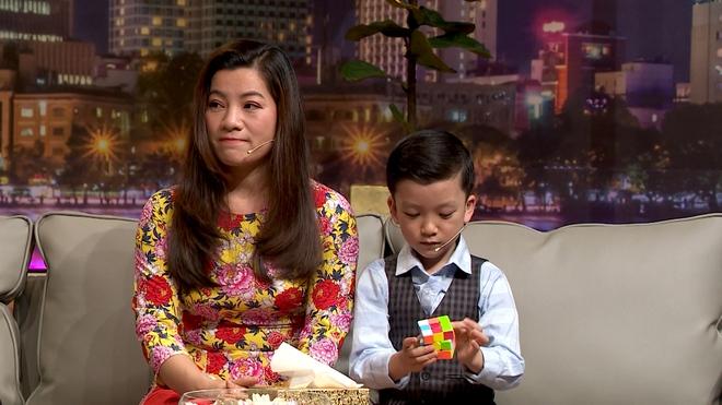 Sự thật cuộc sống của siêu trí tuệ Quang Bình: 6 tuổi nhớ 195 quốc gia, thạo 3 ngôn ngữ - Ảnh 3.
