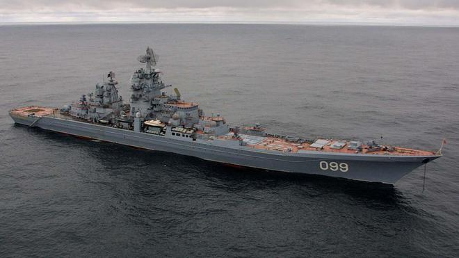Tàu USS Zumwalt 'so găng' cùng Peter Đại đế, mèo nào cắn mỉu nào? - ảnh 4
