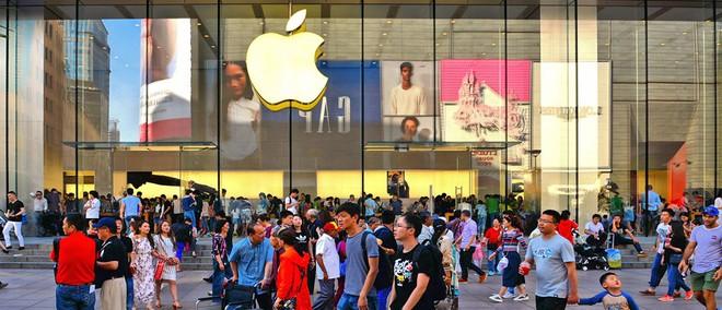 Lệnh cấm WeChat - Hay cách ông Trump nâng tảng đá đập vào chân Apple như thế nào? - Ảnh 2.