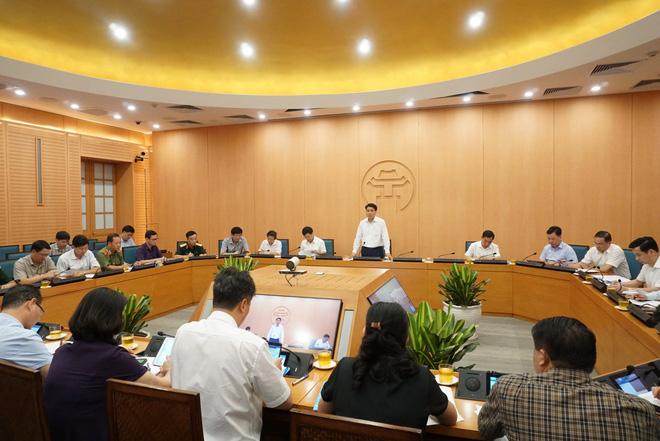 Chủ tịch Hà Nội: Nếu phát hiện ca dương tính, không tổ chức cách ly cả phường, quận - Ảnh 1.
