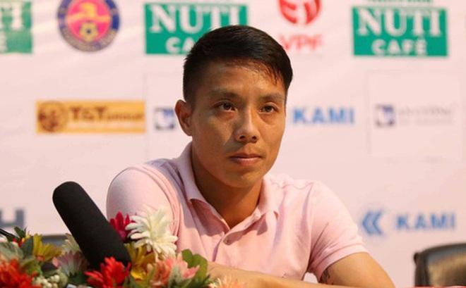 Công thần đăng tút gây xôn xao, tiết lộ mảng tối ở đội Sài Gòn FC đang thống trị V.League 2020