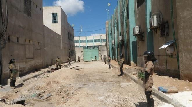 Bị o ép ở miền đông Syria, Quân đội Mỹ tính tung 2.200 tay súng chiếm lĩnh các mỏ dầu? - Ảnh 1.