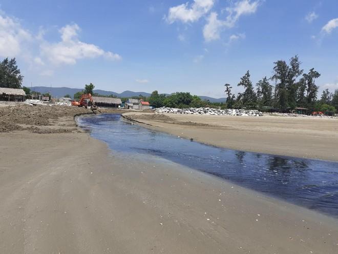Vụ trại tôm xả thải ô nhiễm cả 1 vùng: Trang trại bất chấp dư luận tiếp tục xả thải ra biển - Ảnh 7.