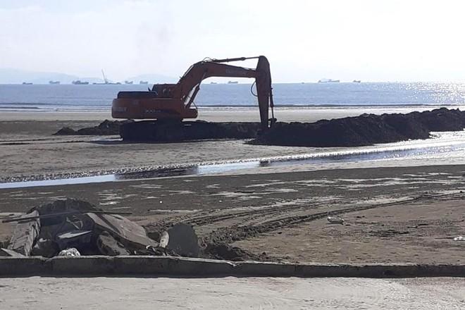Vụ trại tôm xả thải ô nhiễm cả 1 vùng: Trang trại bất chấp dư luận tiếp tục xả thải ra biển - Ảnh 4.