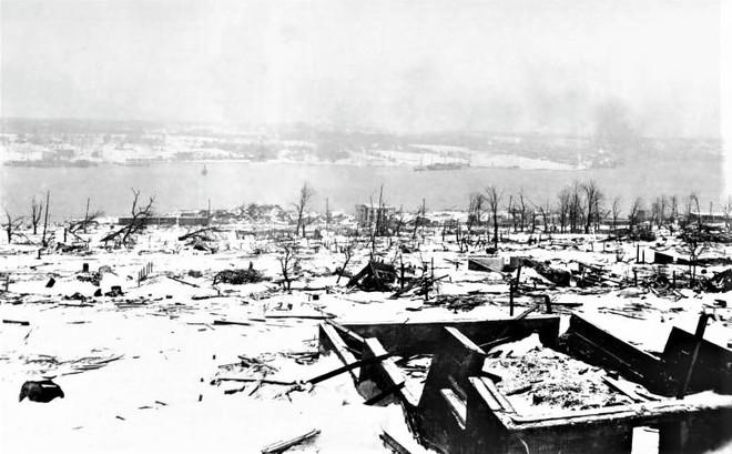 Bốn thảm họa kinh khủng nhất tại các cảng thế giới - ảnh 2