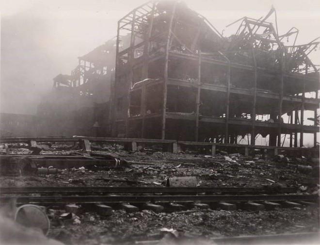 Bốn thảm họa kinh khủng nhất tại các cảng thế giới - ảnh 5