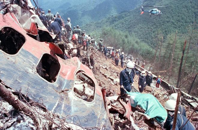 Chiếc máy bay gặp nạn 35 năm về trước khiến hơn 500 người chết bất ngờ xuất hiện trở lại làm dân Nhật hoang mang - Ảnh 6.