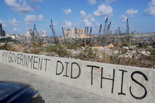 Báo Israel: Tên lửa Iran vẫn đang siết chặt vòng vây, đẩy Tel Aviv vào cuộc đại chiến? - Ảnh 1.