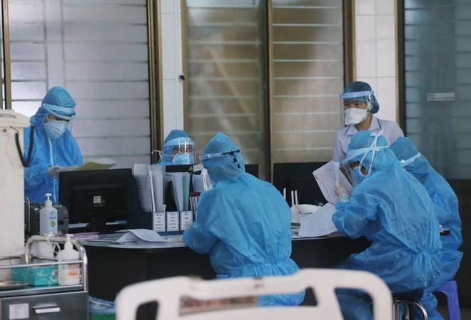 COVID-19: Việt Nam có thêm ca bệnh thứ 21 tử vong - Ảnh 1.