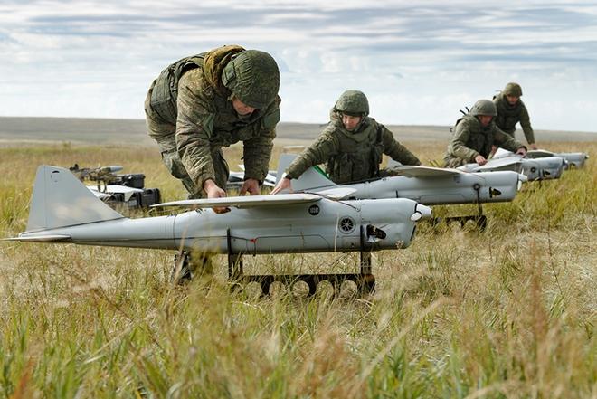 Điểm danh các UAV tấn công tầm xa của Nga sẽ ra mắt trong năm 2021 - Ảnh 1.