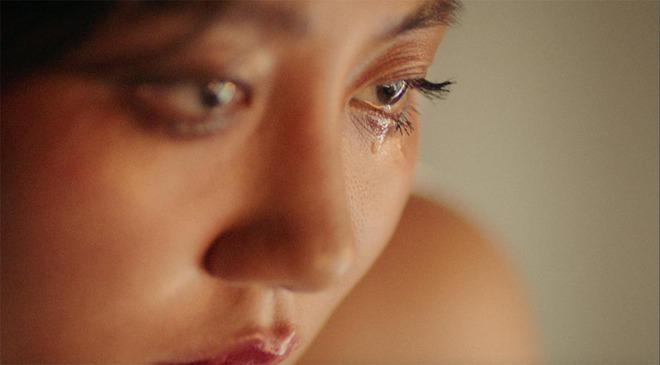Văn Mai Hương khoe vẻ gợi cảm trong sản phẩm âm nhạc tái xuất - Ảnh 1.