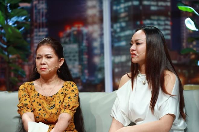 Người mẫu Mai Ngô: Mẹ bảo, ba thấy tôi không giống ba nên bỏ đi - Ảnh 3.