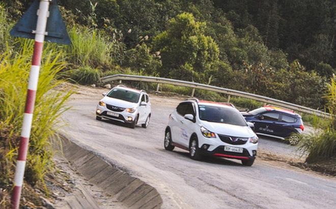 Top 10 ô tô bán chạy nhất tháng 7/2020: Honda City biến mất khỏi bảng xếp hạng, VinFast Fadil giữ vững phong độ