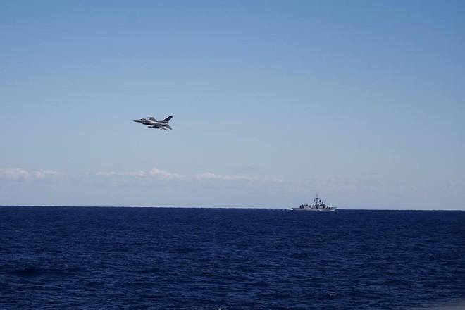 TNK đang đùa với lửa ở Địa Trung Hải: Chiến tranh hải quân có thể bùng nổ bất cứ lúc nào - Ảnh 1.