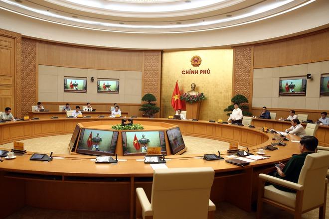 Quyền Bộ trưởng Y tế Nguyễn Thanh Long: Chùm ca bệnh Covid-19 ở Hải Dương rất đáng ngại - Ảnh 1.