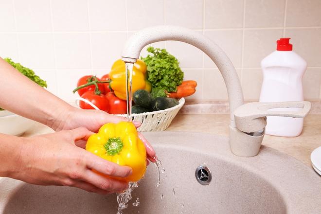 Người nội trợ giỏi phải biết 4 thủ thuật này để ngăn ngừa mất chất dinh dưỡng khi nấu ăn - Ảnh 2.