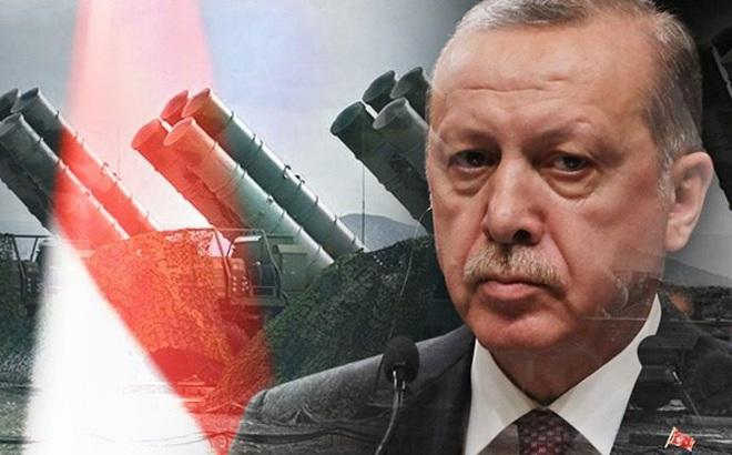 """Mỹ tung độc chiêu khiến Thổ Nhĩ Kỳ chết đứng, Ankara sẽ """"quỳ gối"""" dâng S-400 Nga?"""