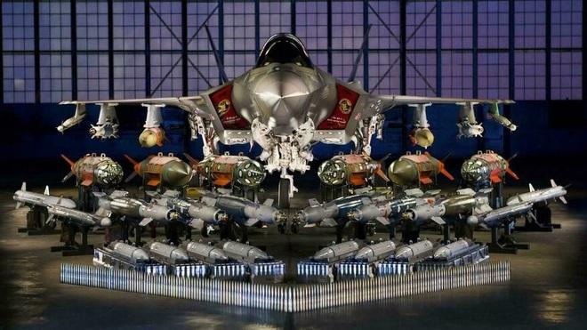Hé lộ hình ảnh tiêm kích F-35A vận hành 'chế độ quái thú' - ảnh 5