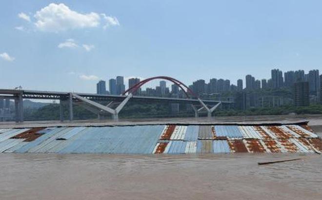Lũ trên sông Trường Giang, Trung Quốc với lưu lượng trên 50.000 m3/giây