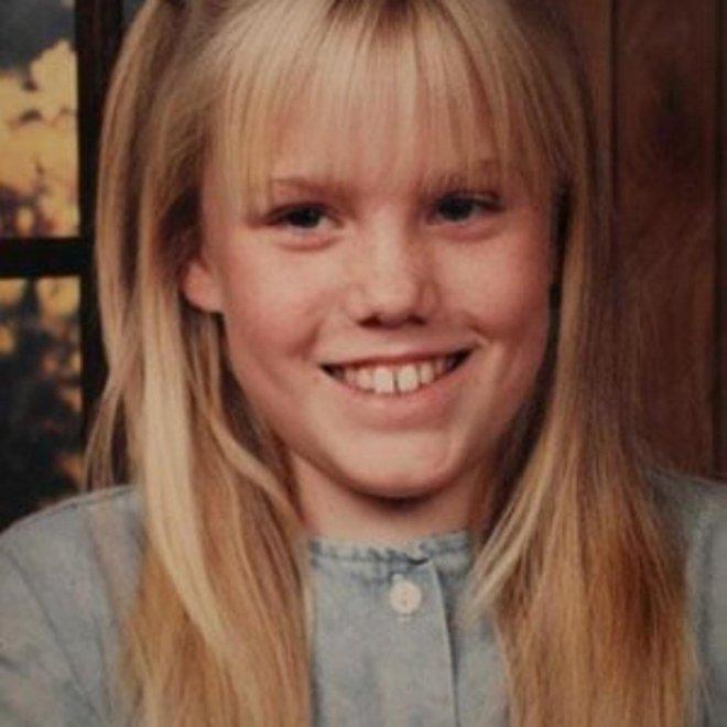Bé gái bị bắt cóc suốt 18 năm trở về cùng con của kẻ đã giam giữ mình và hội chứng Stockholm khi nạn nhân nảy sinh yêu thương với kẻ ác - Ảnh 4.
