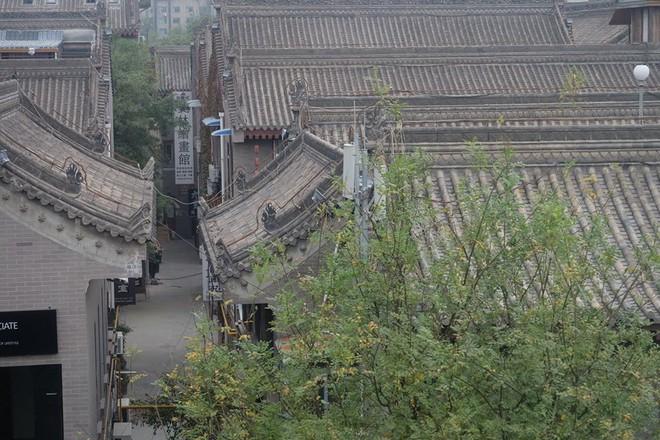 Câu chuyện ly kỳ của cô gái Việt sang Trung Quốc du lịch và những âm thanh lạ trong khách sạn - Ảnh 5.