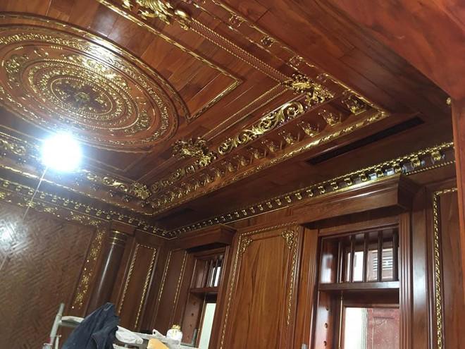 Đại gia Bình Dương rao bán căn biệt thự ốp gỗ, chạm trổ, dát vàng vô cùng cầu kỳ - Ảnh 6.